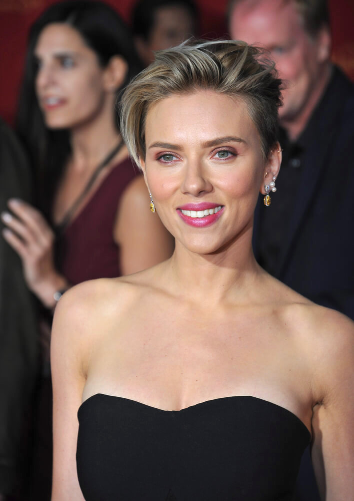 """Scarlett Johansson at the world premiere of her movie """"Avengers: Age of Ultron"""" at the Dolby Theatre, Hollywood, in April 2015"""