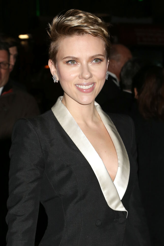 Scarlett Johansson with a Pixie cut